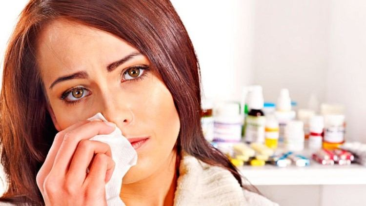 Бактериальная простуда у женщины
