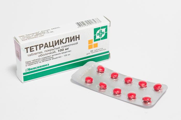 В терапии акне тетрациклин в таблетках не применяется