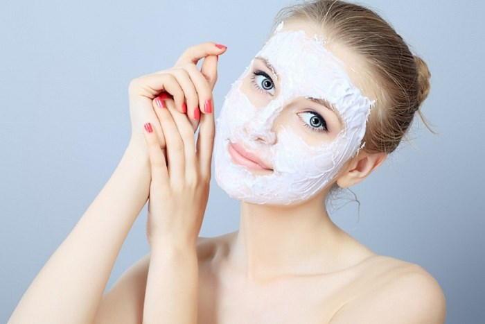 Лечебные маски эффективно борятся с высыпаниями на лице