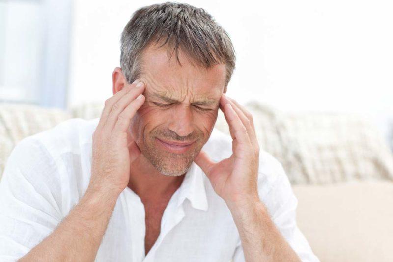 Возможный побочное действие препарата - головная боль
