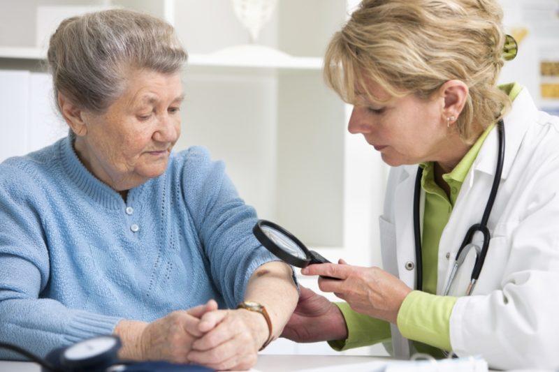 Мазь можно использовать только после консультации с врачом