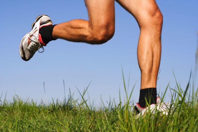 Мазь применяют для лечения суставных болезней